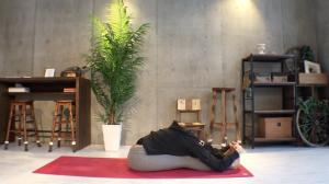yogapose_PASCHI_MOTTANASANA