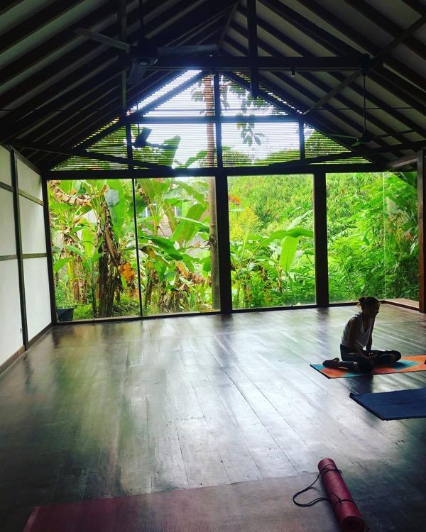 Ubud radiantlyalive yoga